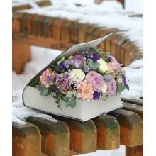 """Цветы в книге """"Из Парижа с любовью"""""""