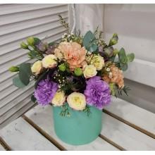 Цветы в коробке Хороший день