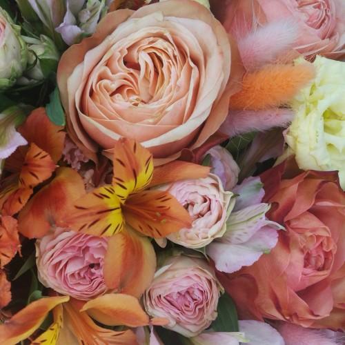 """Букет из пионовидных роз  """"Благородный вкус"""""""
