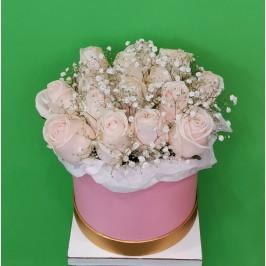 """Цветы в коробке """"Воздушный поцелуй"""""""