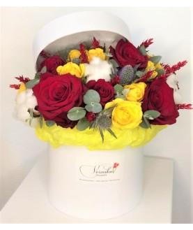 """Цветы в коробке  """"Любовный эликсир"""""""