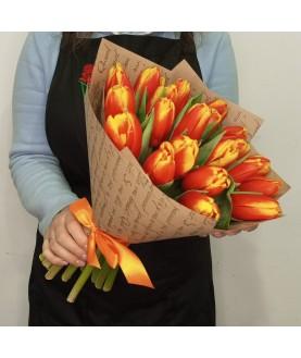 Букет оранжевый тюльпан